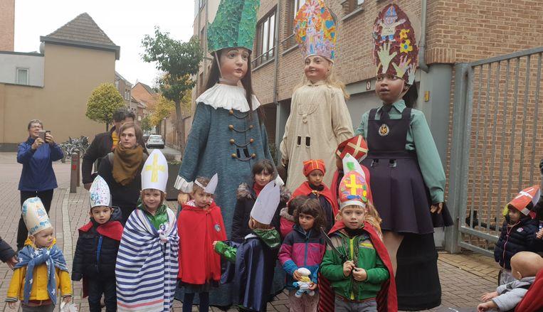 Vorig jaar namen de reuzen een eerste keer deel aan Sinte-Mette.