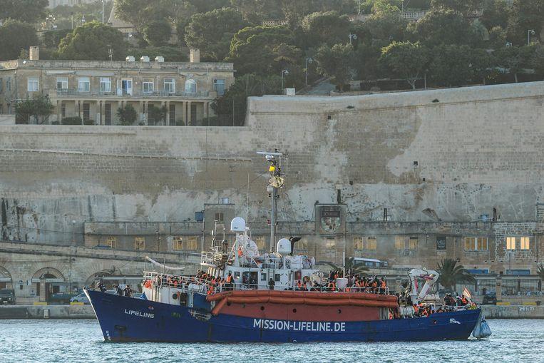 De  'Lifeline' komt aan bij Malta.
