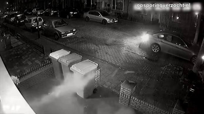 Beelden beschieting van huis Ahornstraat in Breda bij Opsporing Verzocht