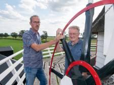 Duo duikt in geschiedenis Nieuwleusener molens en hun mulders