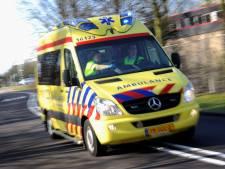 Scooterrijdster gewond na botsing met auto