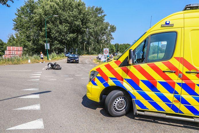 Ongeluk met scooterrijder en auto in Lieshout.