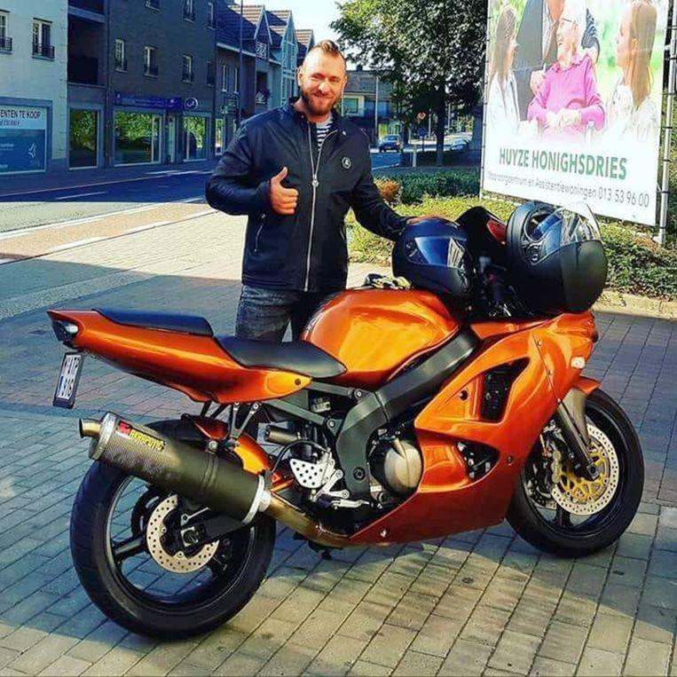 Wim Van Calster vorige week met zijn motor die hij drie weken geleden kocht.