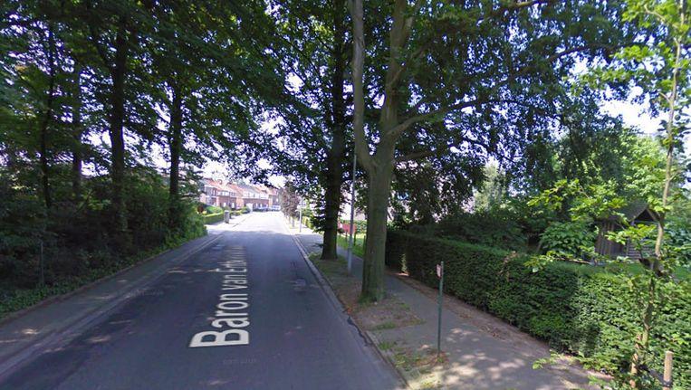 Het is nog onduidelijk hoe het slachtoffer op straat belandde. Foto: de Baron Van Ertbornstraat in Aartselaar.