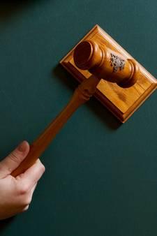 Veldhovenaar draait aanklacht aanranding om