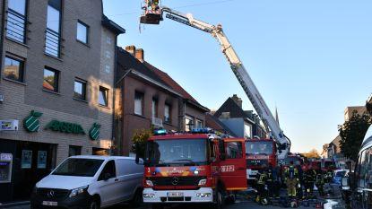 Kinderen uit huis gered bij uitslaande brand