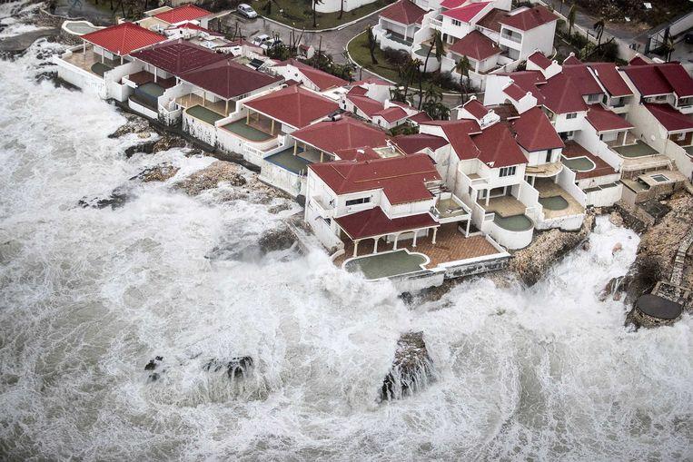 Luchtfoto van de schade op Sint-Maarten van orkaan Irma.  Beeld ANP, Gerben van Es