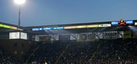 Led-schermen wederom later in Rat Verlegh Stadion