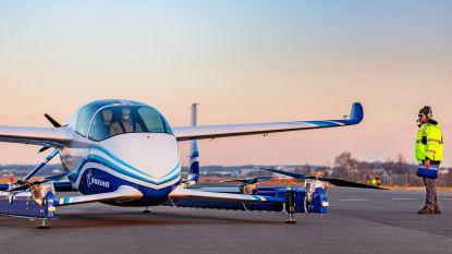 Eerste testvlucht voor 'vliegende auto' van Boeing
