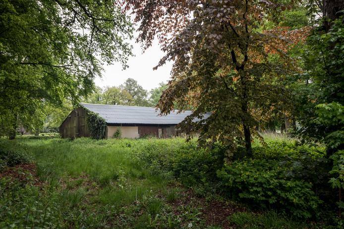 Het nieuwe onderkomen van het gilde St. Agatha naast de oprijlaan van Kasteel Heeze .