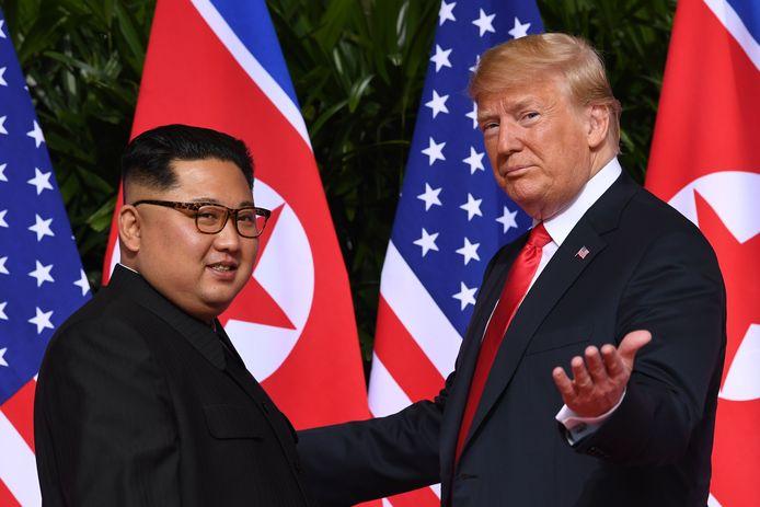 De topontmoeting tussen de Noord-Koreaanse leider Kim Jong-un en de Amerikaanse president Donald Trump op 12 juni 2018.