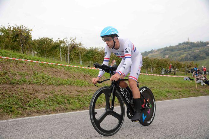 Alex Dowsett bij zijn tijdrit in de Giro d'Italia.