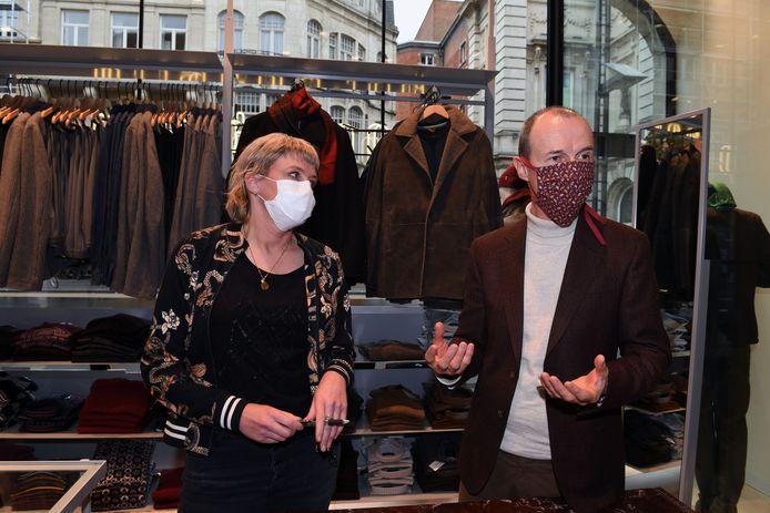 Veerle Velcke en Marc Vandeven van Portebello in de Bondgenotenlaan merken een aanzienlijk omzetverlies sinds de sluiting van de horeca maar nemen creatieve initiatieven om het geleden verlies zoveel mogelijk te beperken.