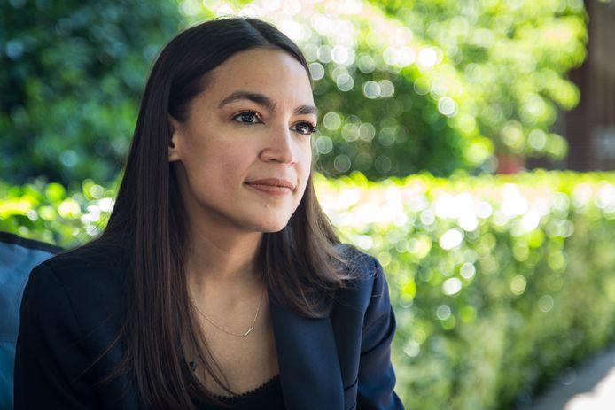 De Amerikaanse politica Alexandria Ocasio-Cortez streamde in de nacht van dinsdag op woensdag (Nederlandse tijd) voor het eerst op Twitch en had op het hoogtepunt bijna 440.000 kijkers.