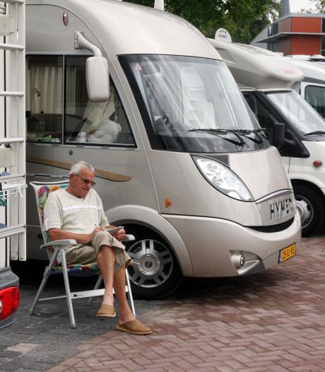 Omwonenden verzetten zich tegen campers op Puttens parkeerterrein
