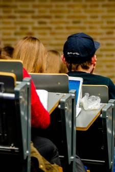 Studenten laten 'gratis geld' liggen