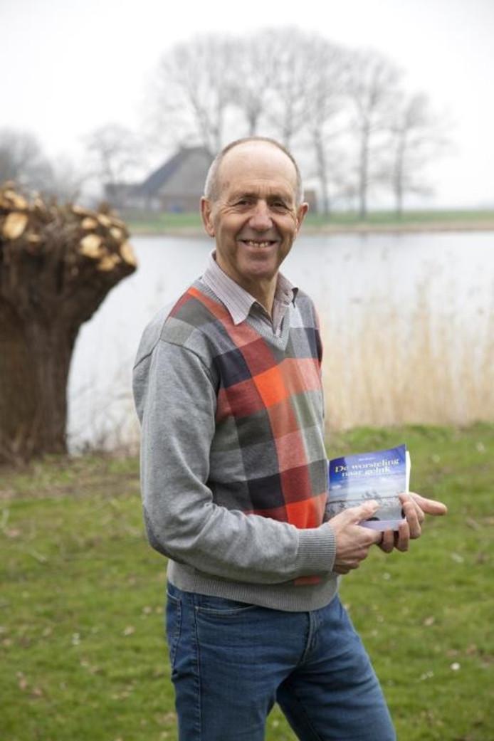 Jan Zegers ten tijde van de publicatie van zijn debuutroman in 2012.