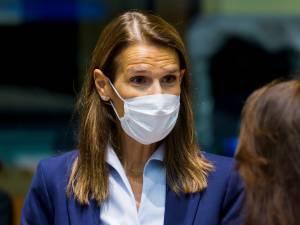 """Sophie Wilmès, atteinte par le Covid-19, aux soins intensifs: """"Son état est rassurant"""""""