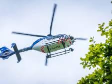 Julia uit Meppel dankzij politiehelikopter weer boven water
