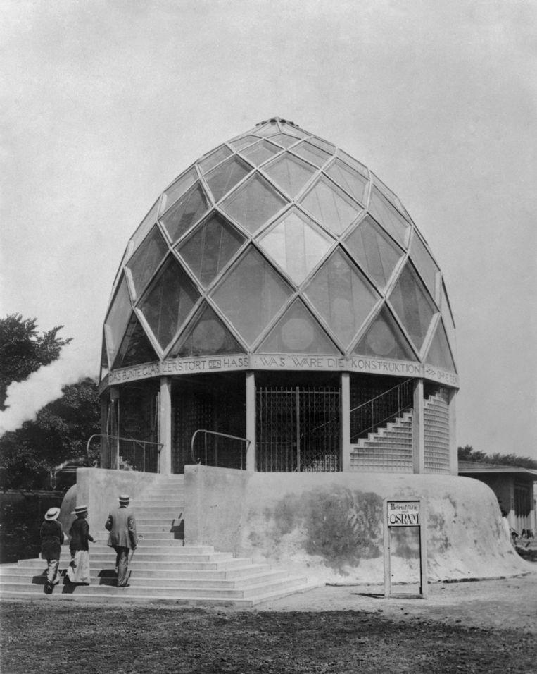 Tauts glashuis uit 1914.   Beeld Beeldarchief Foto Marburg
