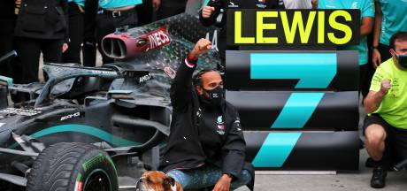 Hamilton evenaart record Schumacher; zijn zeven wereldtitels in beeld