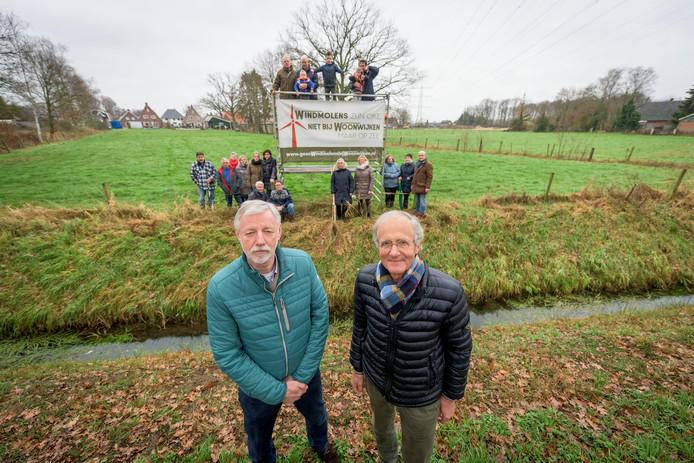 "Henny Nijenhuis (links) en Gerard Sleumer: ,,Dit is pure verspilling van belastinggeld."""