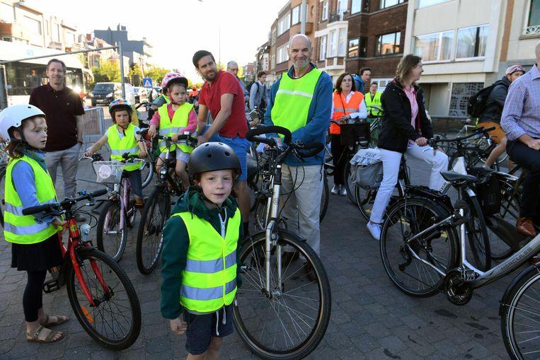 De fietsers voelen zich onveilig in het verkeer.