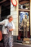 Pete Simpson in het verleden als Living Statue.