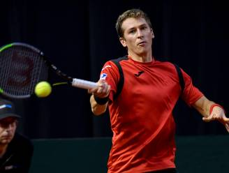 Coppejans knokt zich naar tweede kwalificatieronde op Roland Garros, opnieuw positief coronageval naar huis gestuurd