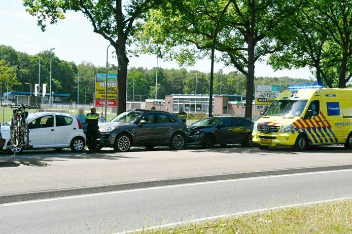 Dat gebeurde ter hoogte van de verkeerslichten bij voetbalclub Eilermark.