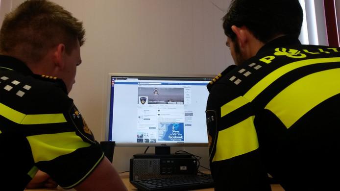 De politie gaat in het hele land werken met het CAS (Criminaliteits Anticipatie Systeem) om onder meer woninginbraken en straatroven te voorspellen.