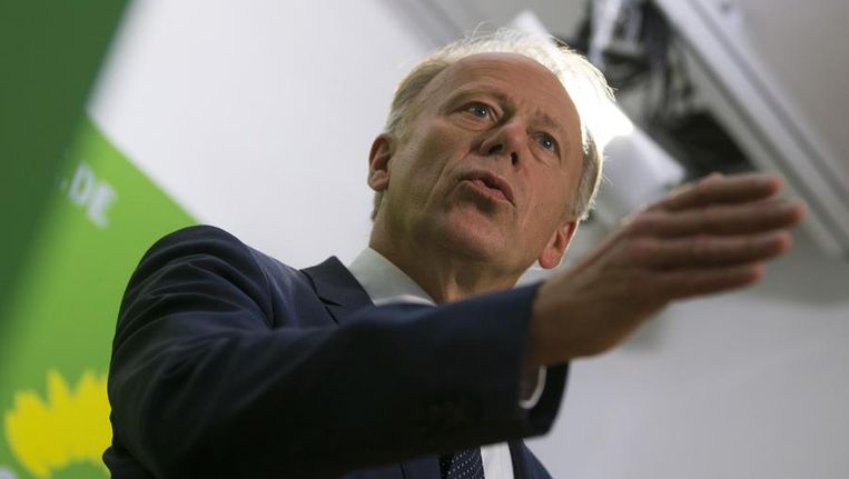 Jürgen Trittin, topkandidaat van De Groenen, vandaag bij een persconferentie. Beeld reuters