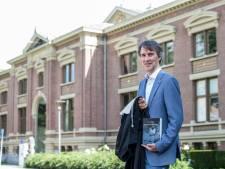 Rechter Karsten Gilhuis uit Zutphen geeft met debuutroman bijzonder kijkje in wereld rechterlijke macht