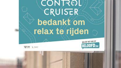 Maarkedal bedankt 'control cruisers' met borden aan het raam