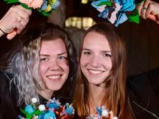 Echte Tilburgse bloemen voor Máxima: van vilt en spijkerstof