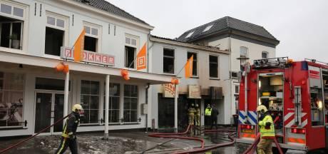 Asbest gevonden in door brand getroffen pand Blokker in Brummen