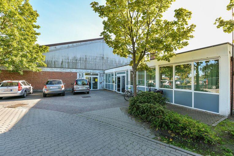 Het huidige stadsbestuur gaat voor de uitbreiding van stadszaal Oosthove.