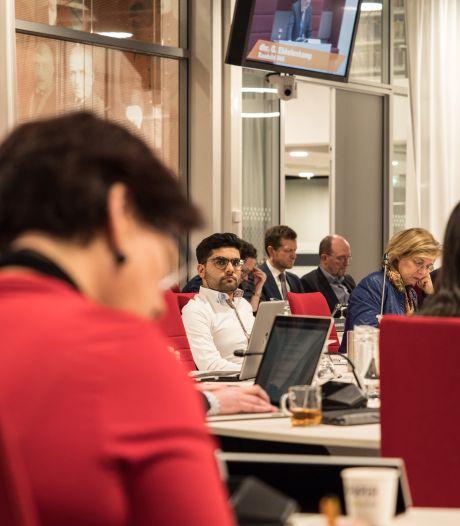 Raad Zoetermeer komt in opstand tegen rijk om 'gedwongen bezuinigingen'