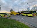 De ic-bus wordt afgesleept
