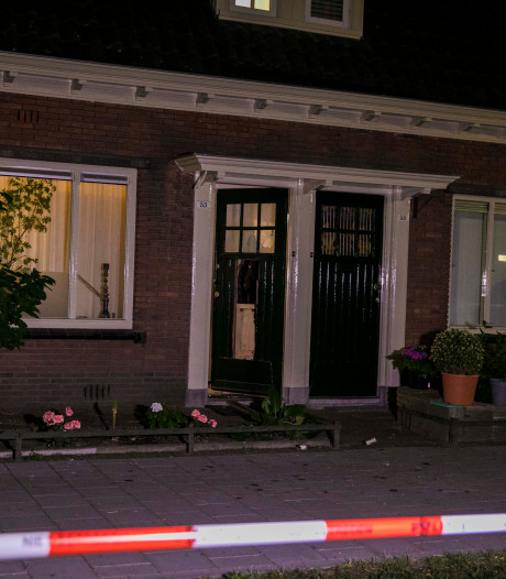 Explosief in woning Arnhem naar binnen gegooid