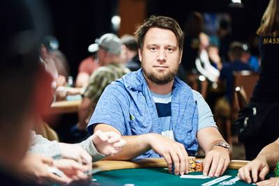 pim-uit-den-bosch-wint-ruim-23-miljoen-dollar-met-online-pokertoernooi