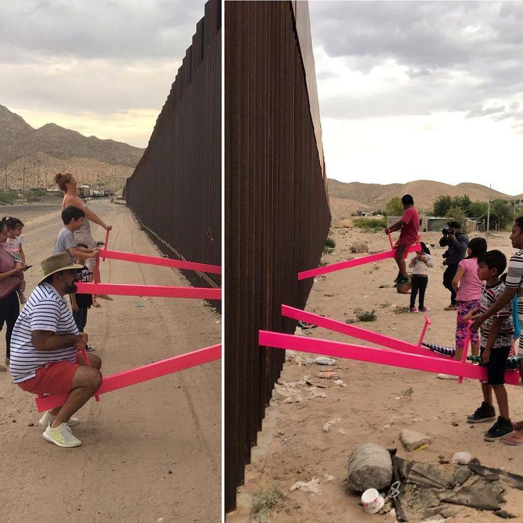 Ronald Rael en Virginia San Fratello maakten een wipwap-installatie op de Amerikaans-Mexicaanse grens, de Teetertottter Wall.  Beeld null