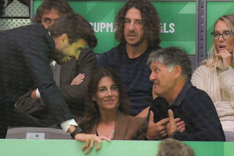 Gerard Piqué met gewezen ploegmaat Carles Puyol en Tony Nadal, de oom van.