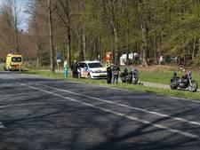 Motorrijder gewond na botsing met auto in Beek