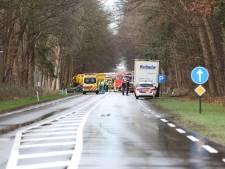 N35 bij Raalte nog uren dicht na ernstig ongeval