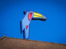'Werkeloos' hotelpersoneel aan de slag als surveillant op DevelsteinCollege in Zwijndrecht