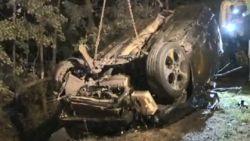 """Twee doden nadat bestuurder slipt en tegen boom knalt: """"Geef zelf een zoon af, dan praten we opnieuw"""""""