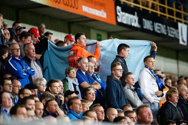 Eddy Devreker kreeg vrijdag een hartaanval tijdens Club Brugge - Lokeren. De Club-supporter kreeg in het stadion de eerste hulp toegediend. De zeventiger overleed gistermiddag in het ziekenhuis.