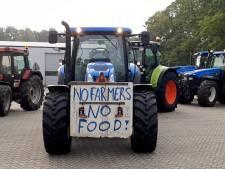 Achterhoekse boeren onderweg naar provinciehuis in Arnhem, flinke file op A12