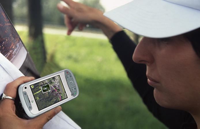 Een mobiele telefoon is straks niet meer nodig als je wil fietsen of wandelen over de Limesweg